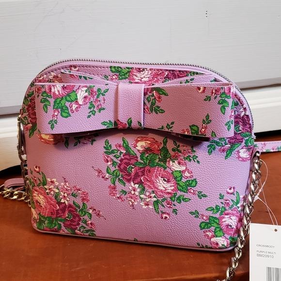 Betsey Johnson Handbags - NWT Betsy Johnson Spring Crossbody